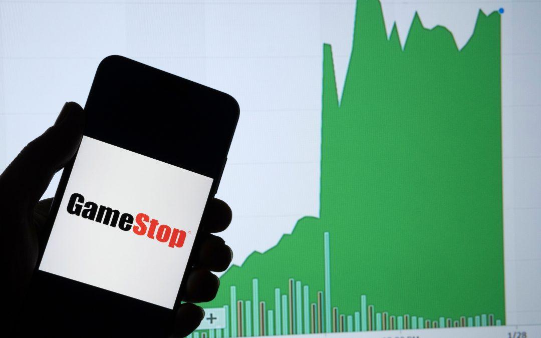 gamestop-stock-holding phone-graphic