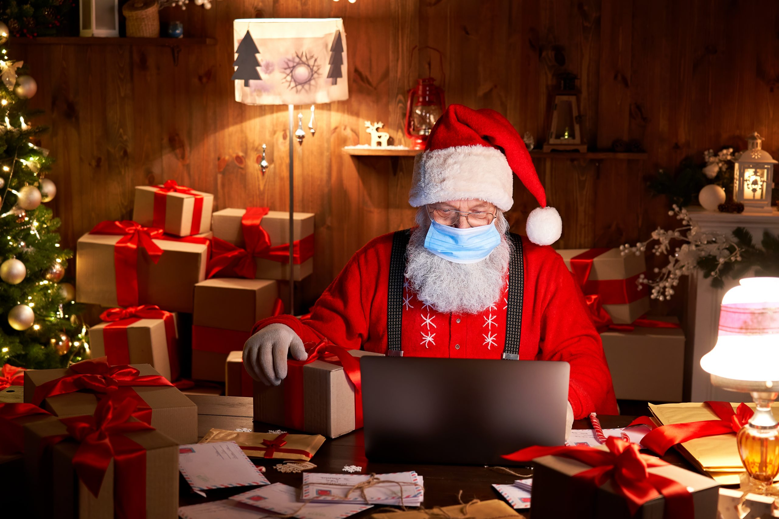 santa holiday shopping in a mask 2021 trends advertisers and tips